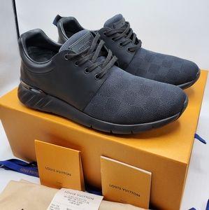 Louis Vuitton Fastlane Sneakers LV. Sz 9 - USA 10